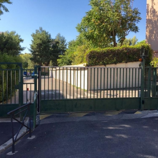 Garage / Parking MARSEILLE (13009) 13.00m2 90 €