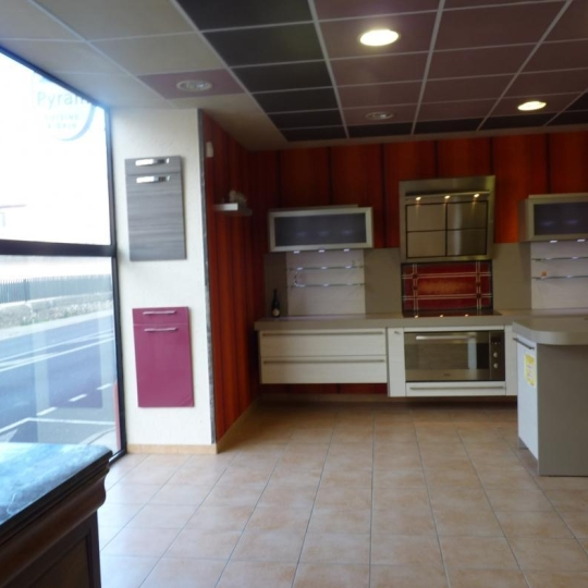 Local / Bureau  LODEVE (34700) 365.00m2 260 000 €