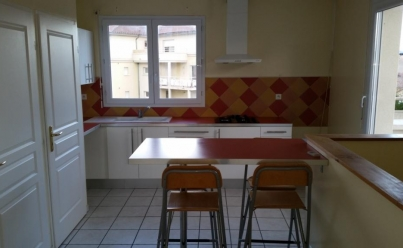 Appartement VALENCE (26000) 79 m2 810 €