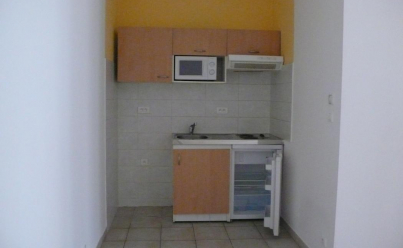 Appartement NIMES (30900) 53 m2 471 €