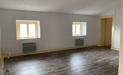 Appartement THIERS (63300) 55 m2 395 €