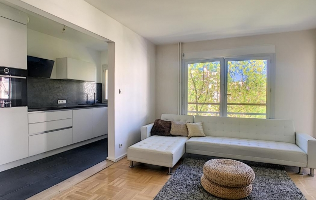 Réseau Immo-diffusion : Appartement P3  ECULLY  91 m2 320 000 €